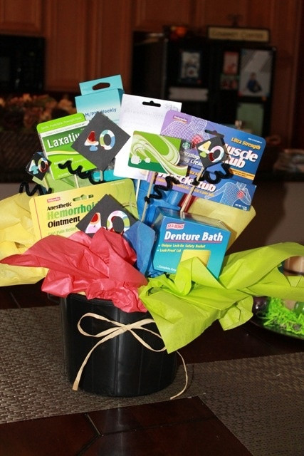 40Th Birthday Gag Gift Ideas  40th Birthday Gag Gift and Gift card Bouquet
