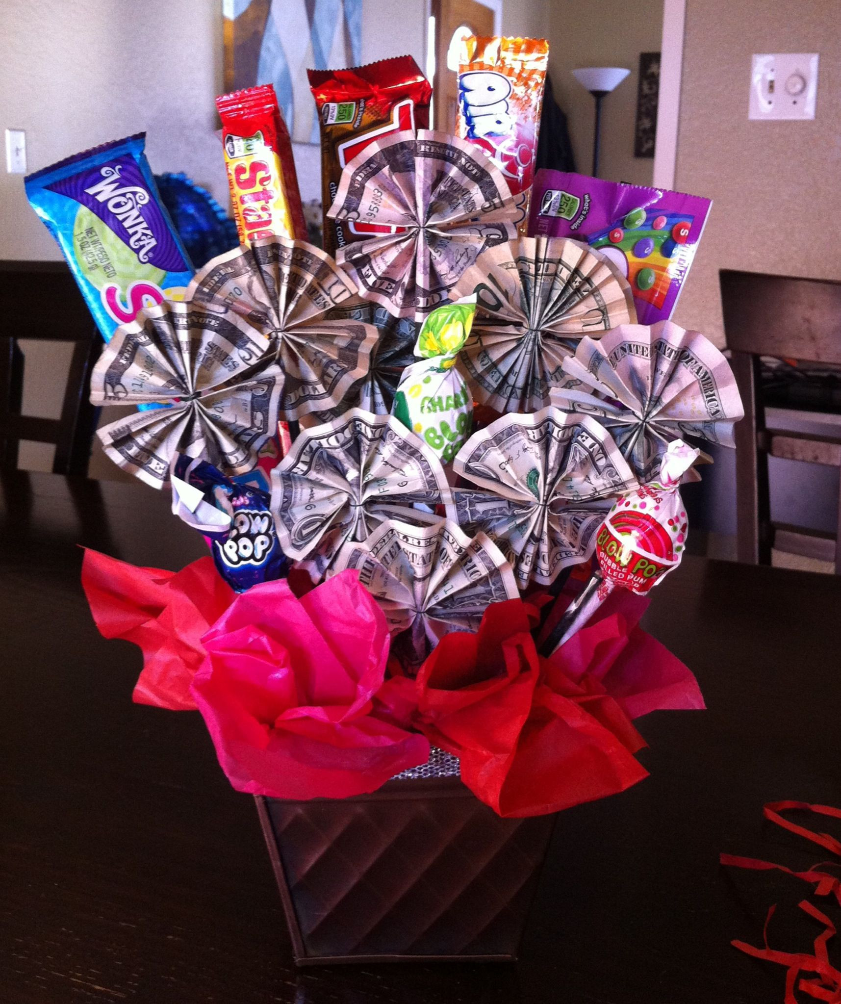 5Th Grade Graduation Gift Ideas For Boys  Money candy bouquet I made this for my niece as a t