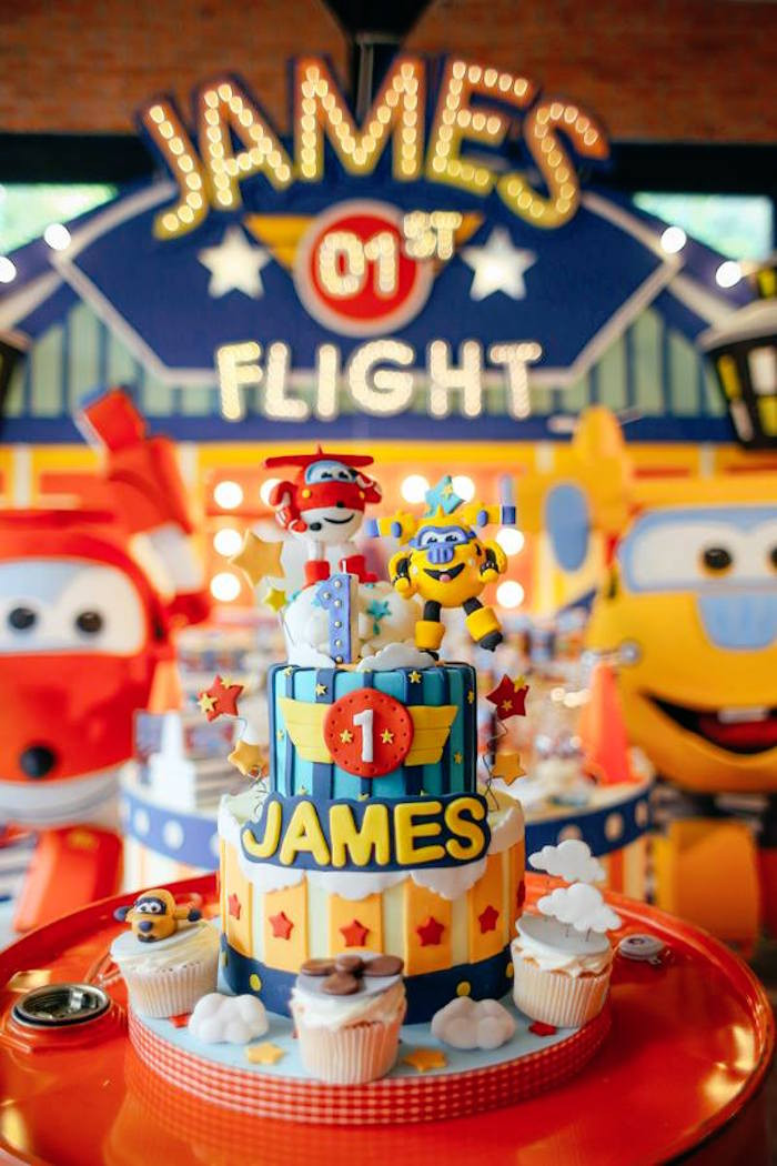 Airplane Birthday Party Ideas  Kara s Party Ideas Colorful Airplane Themed Birthday Party