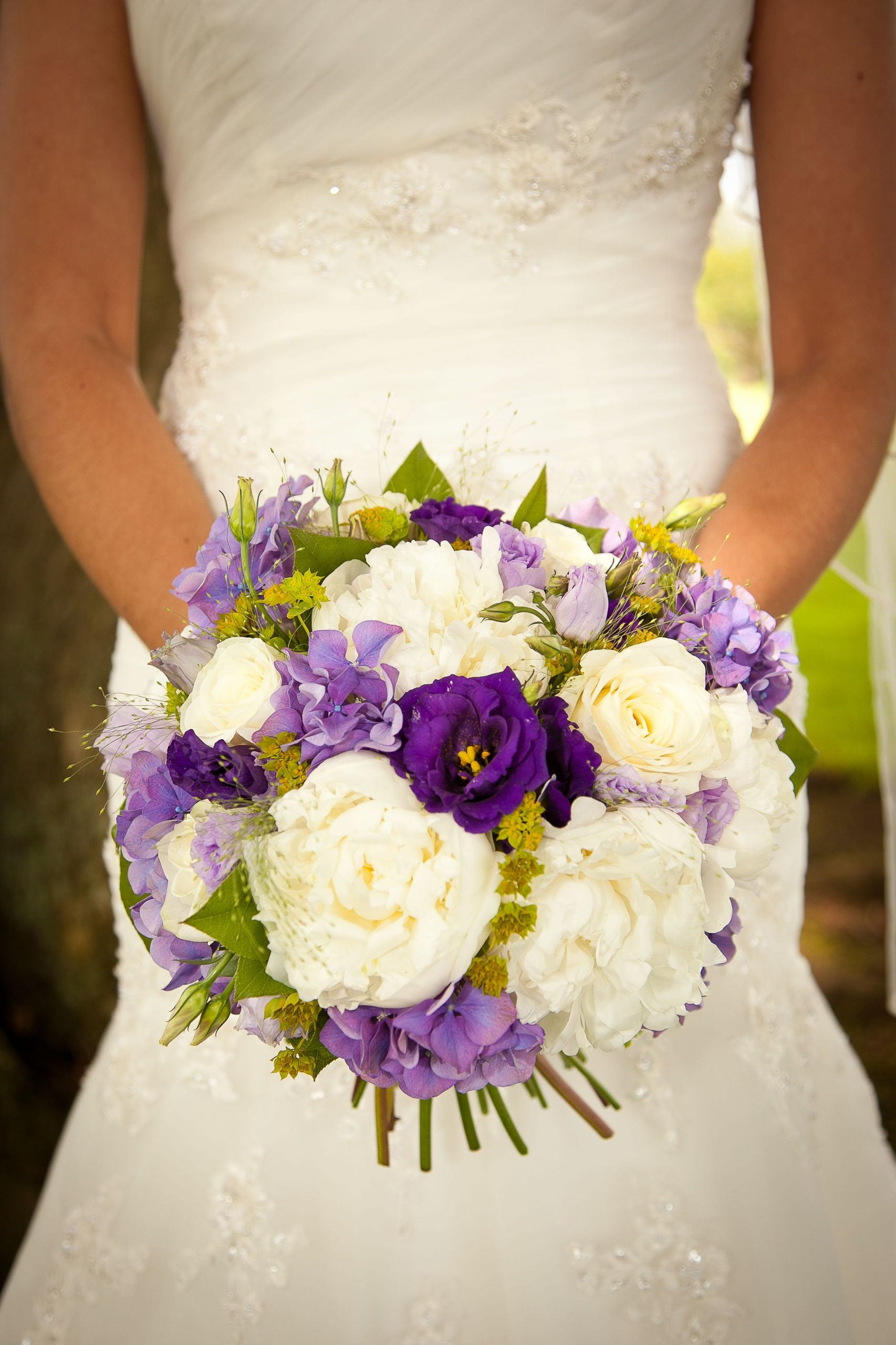 April Wedding Flowers  April Wedding Flowers Awesome