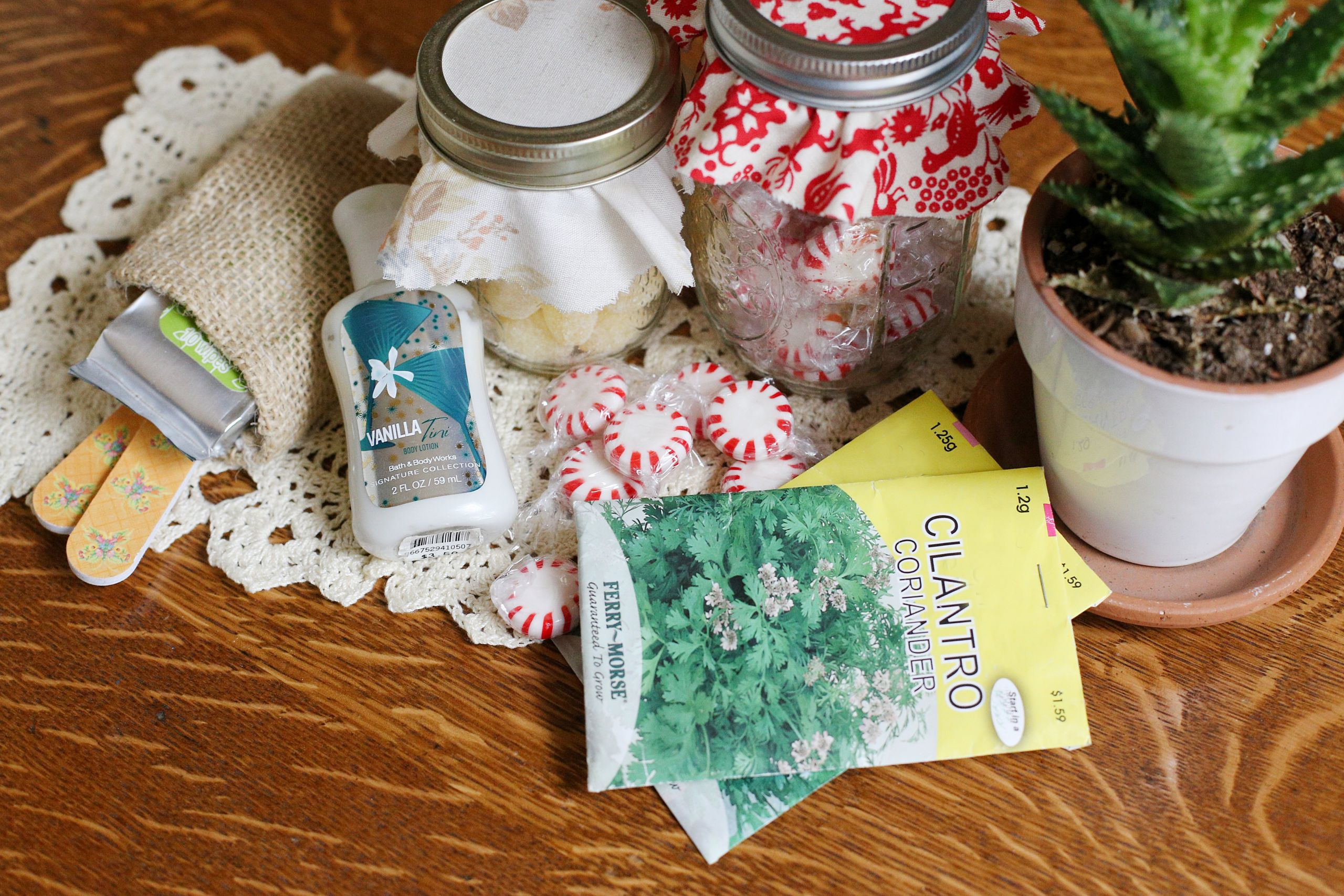 Baby Shower Games Gift Ideas Winners  Gift Ideas for Baby Shower Game Winners with