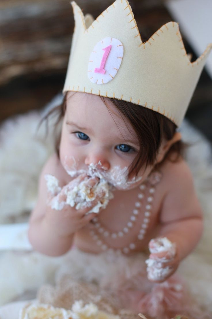 Babys First Birthday Gift Ideas  22 Fun Ideas For Your Baby Girl s First Birthday Shoot