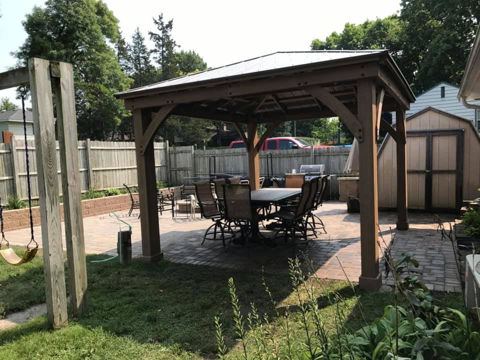 Backyard Grilling Areas  MN Outdoor Kitchens Counters & Grill Areas Bloomington