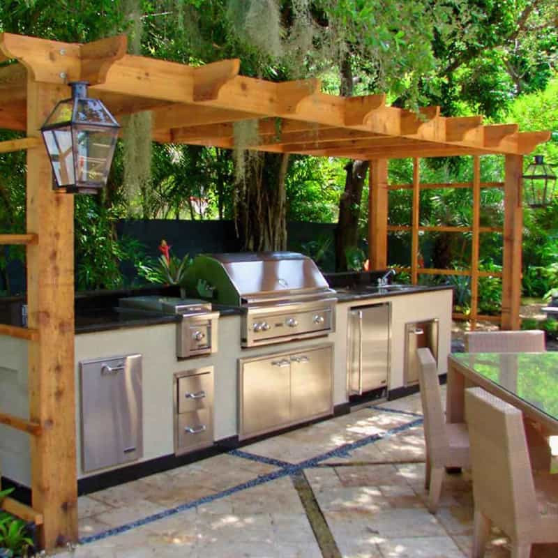 Backyard Grilling Areas  30 Outdoor Kitchens and Grilling Stations
