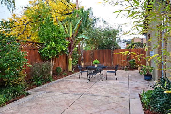 Backyard Ideas For Small Yard  The Art of Landscaping a Small Yard