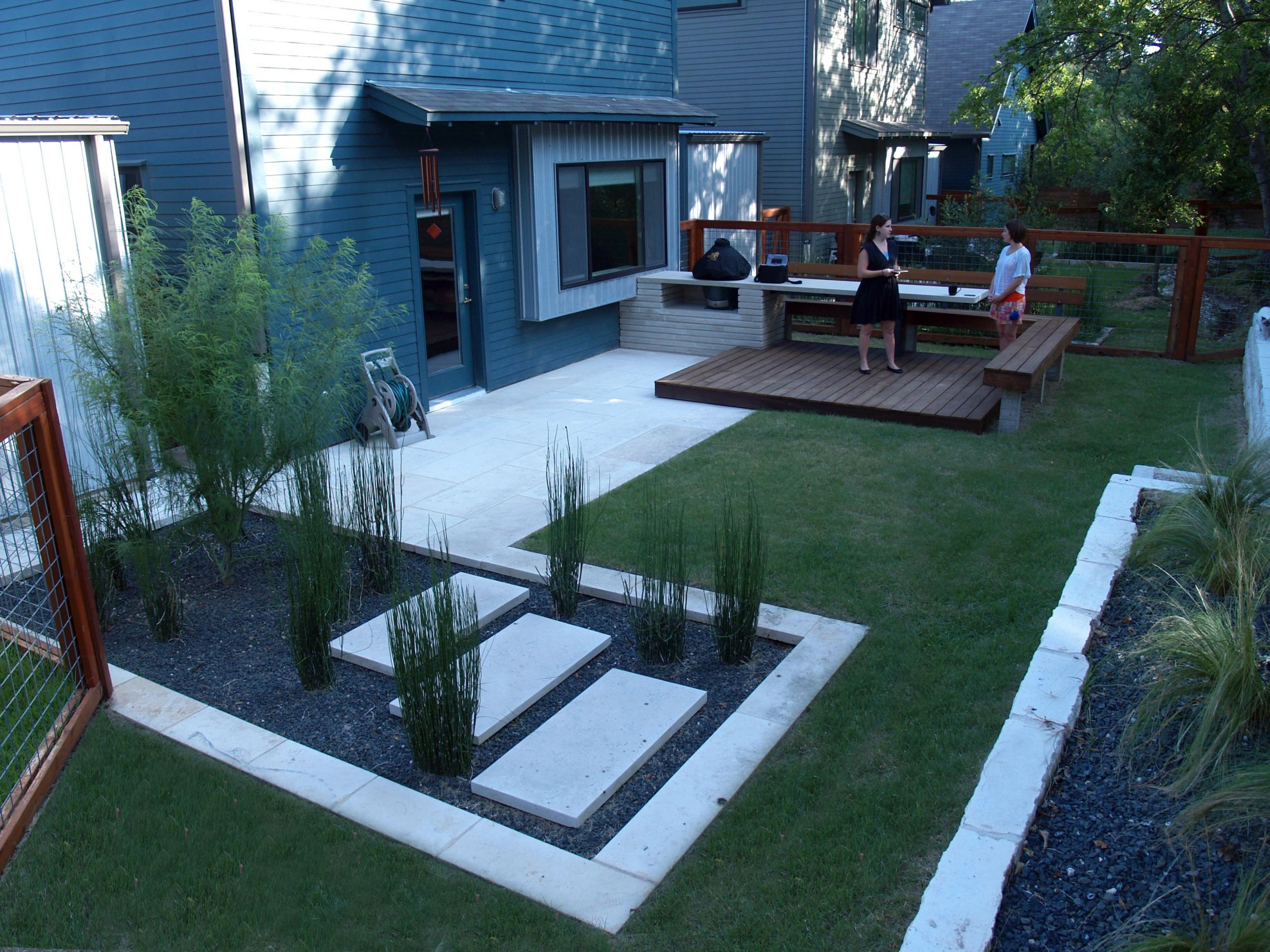 Backyard Ideas For Small Yard  Small Backyard Ideas with or without Grass Traba Homes