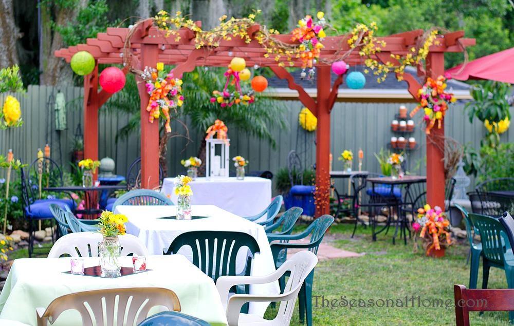 Backyard Wedding Receptions  Ideas for a Bud friendly Nostalgic Backyard Wedding