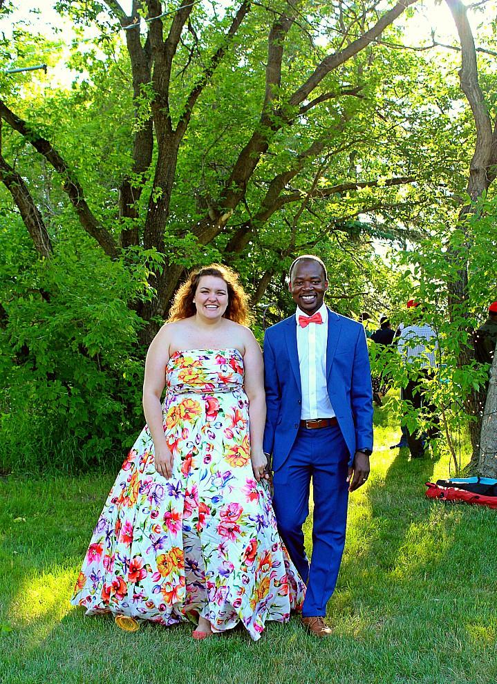 Backyard Wedding Receptions  Casual Backyard Wedding Reception Alexandra and Carvil in