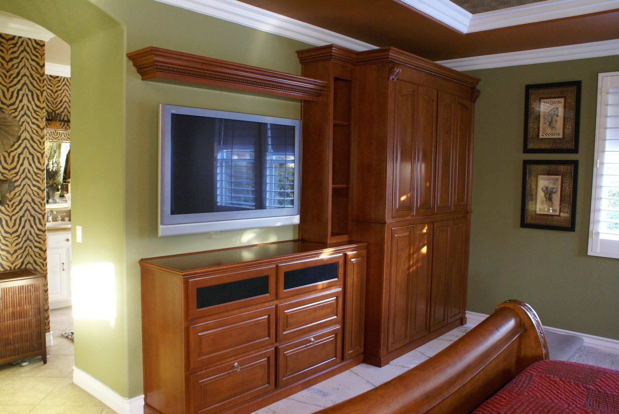 Bedroom Wall Storage Cabinets  Bedroom cabinets • Platinum Cabinetry in Las Vegas Nevada