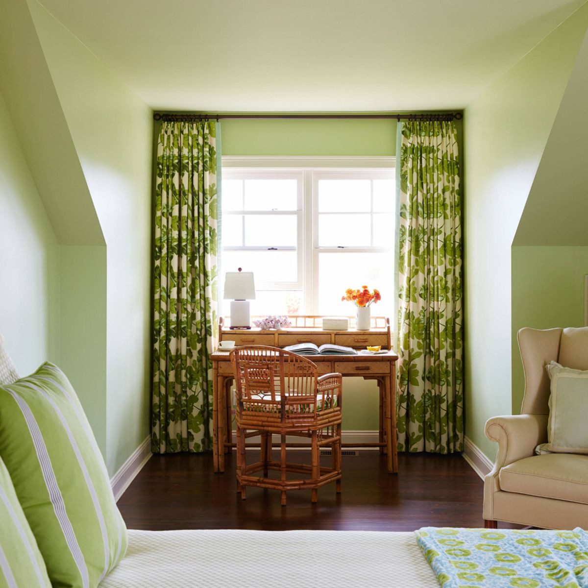 Best Color For Bedroom  The Four Best Paint Colors For Bedrooms