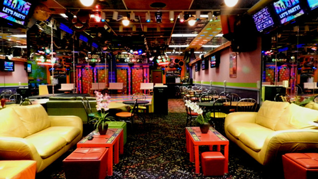 Birthday Party Halls For Rent  Colors Birthday Party Places TYPES OF PARTIES