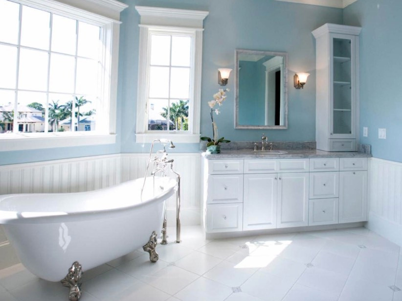 Blue Bathroom Walls  Selling or Renovating Blue Bathrooms Like These
