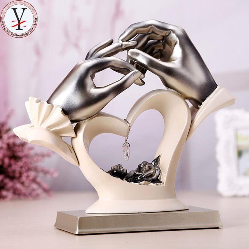 Cheap Gift Ideas For Couples  Pin de Vizzara Wedding en wedding t ideas