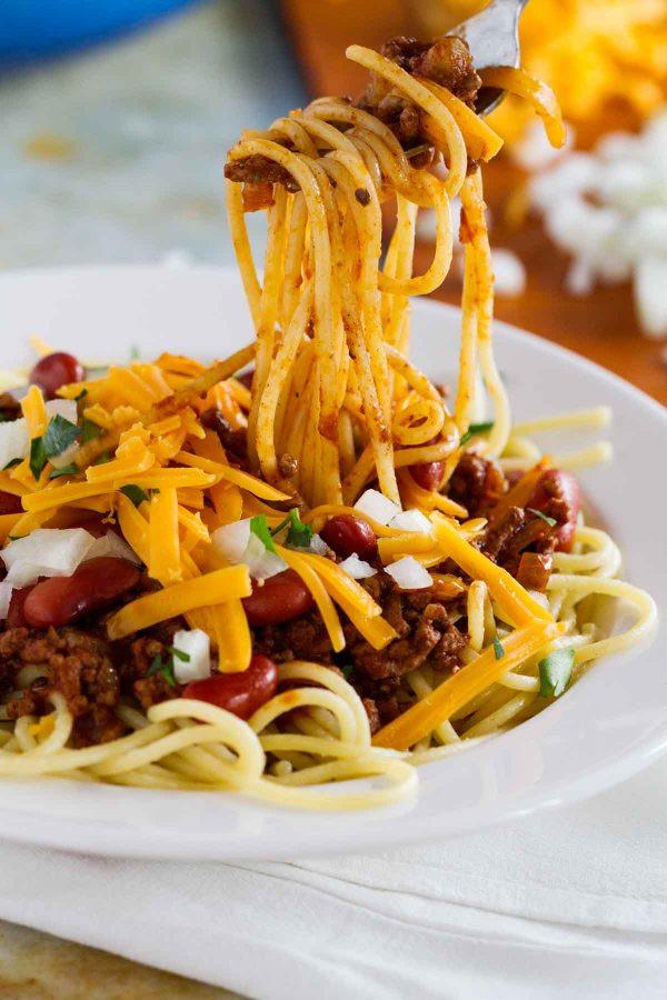 Chili On Spaghetti  Traditional Cincinnati Chili Recipe with Spaghetti Taste