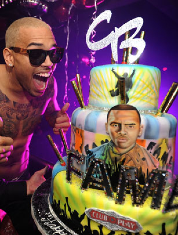 Chris Brown Birthday Cake  Celebrity birthday cakes Chris Brown s birthday cake