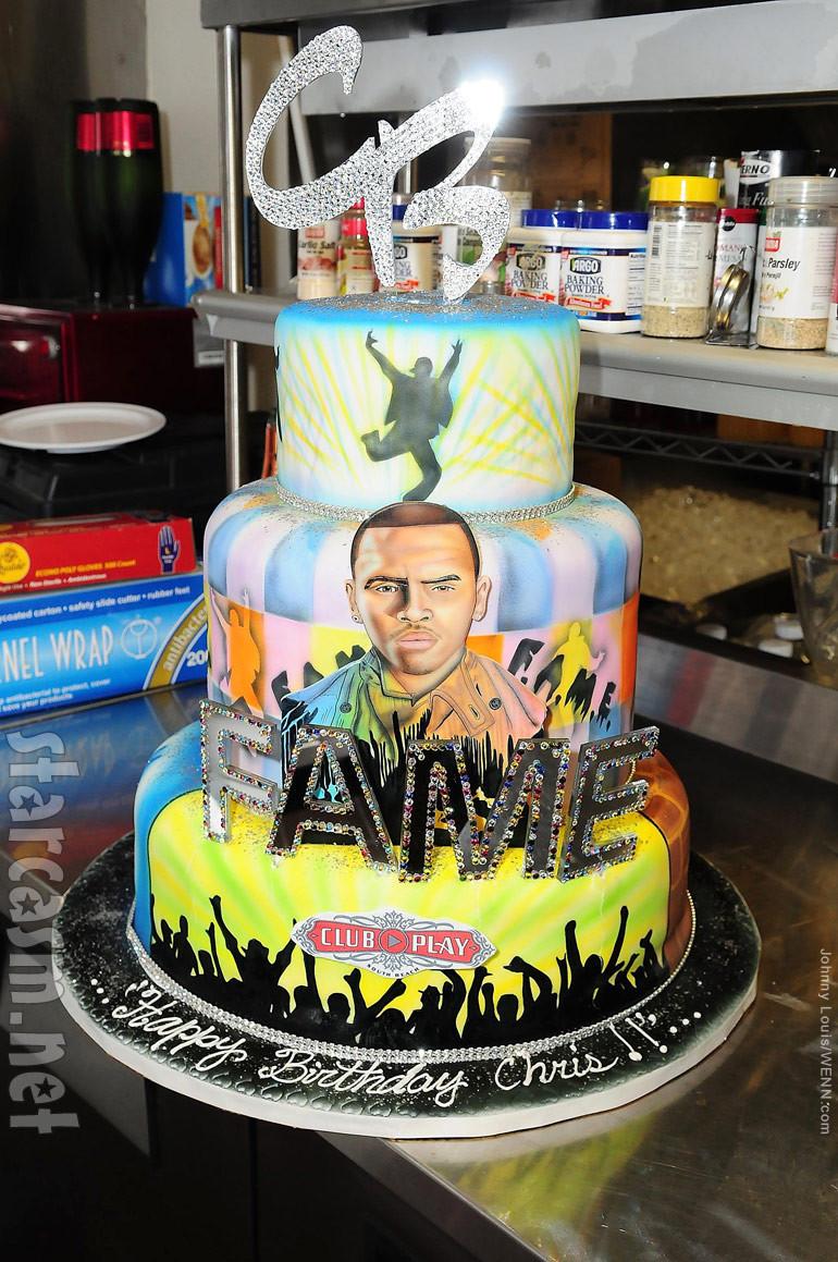 Chris Brown Birthday Cake  PHOTOS Chris Brown celebrates 22nd birthday with Lil Wayne
