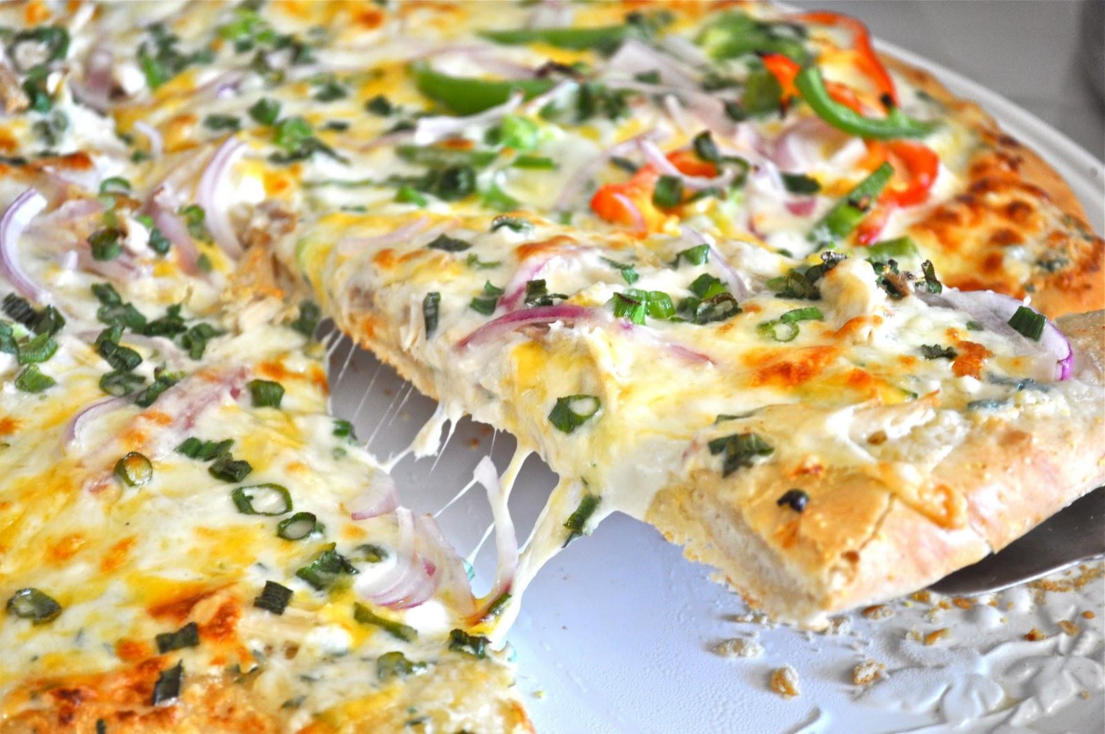 Creamy Garlic Pizza Sauce  Creamy Garlic Chicken Pizza Delights Culinaria