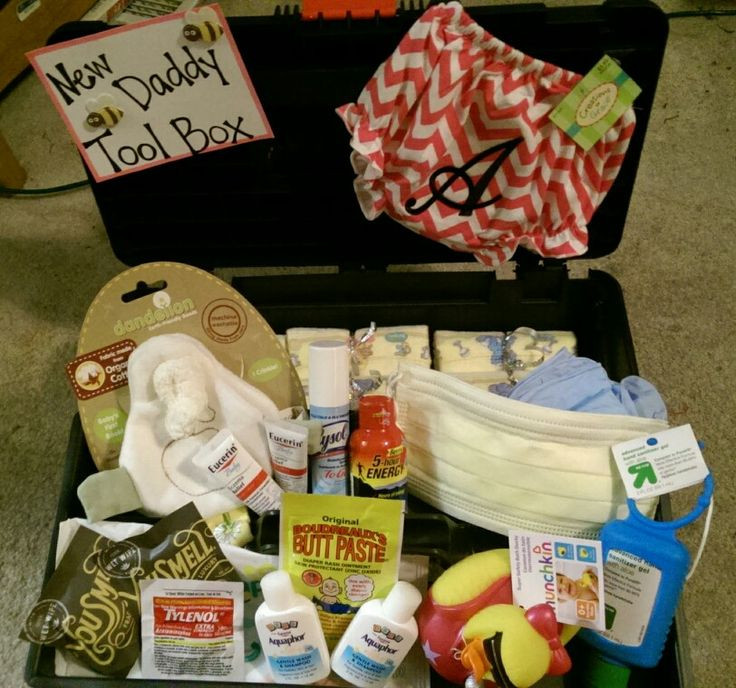 Daddy Baby Shower Gift Ideas  New daddy tool box Baby shower t idea