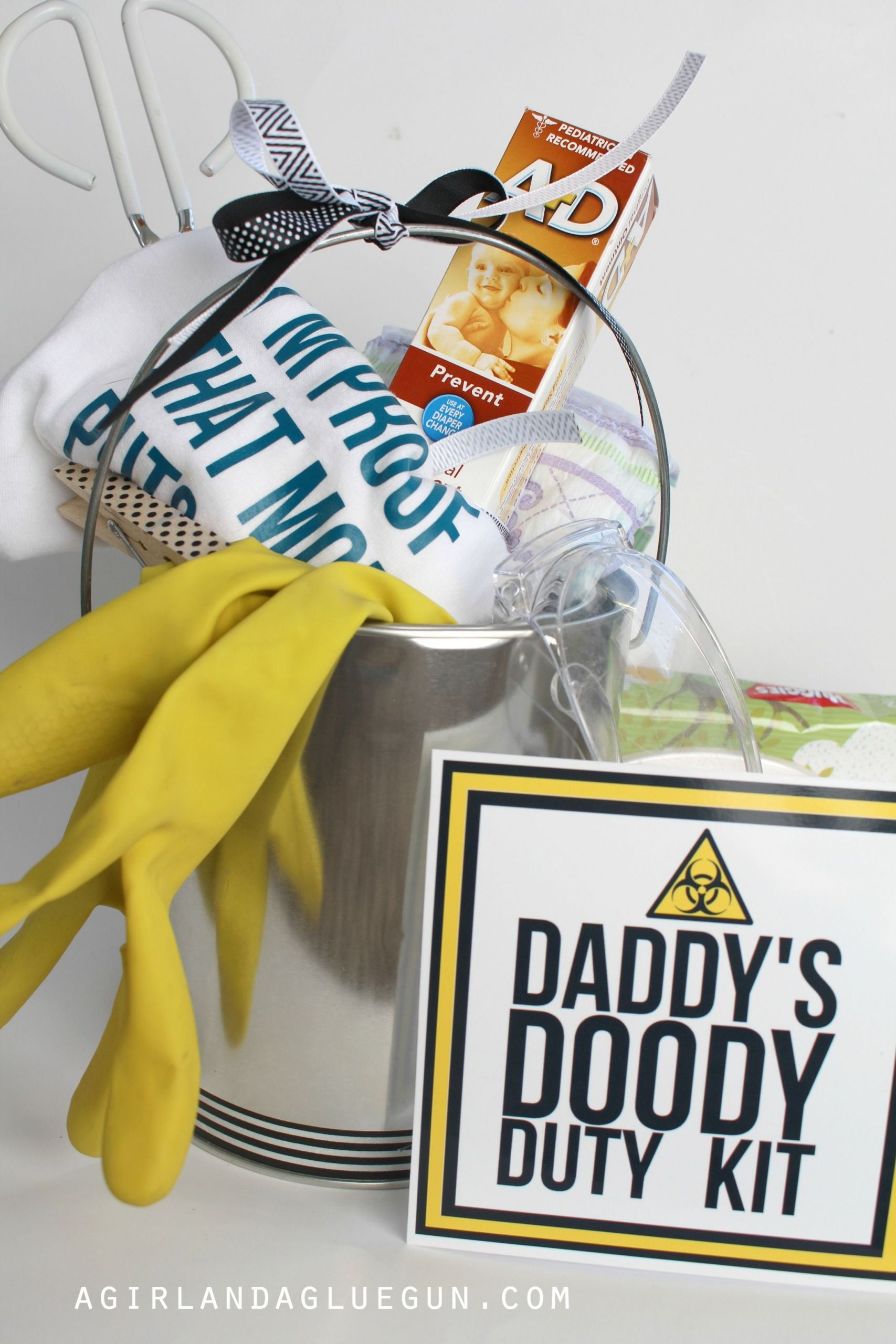 Daddy Baby Shower Gift Ideas  funny baby shower t Daddy doody duty kit