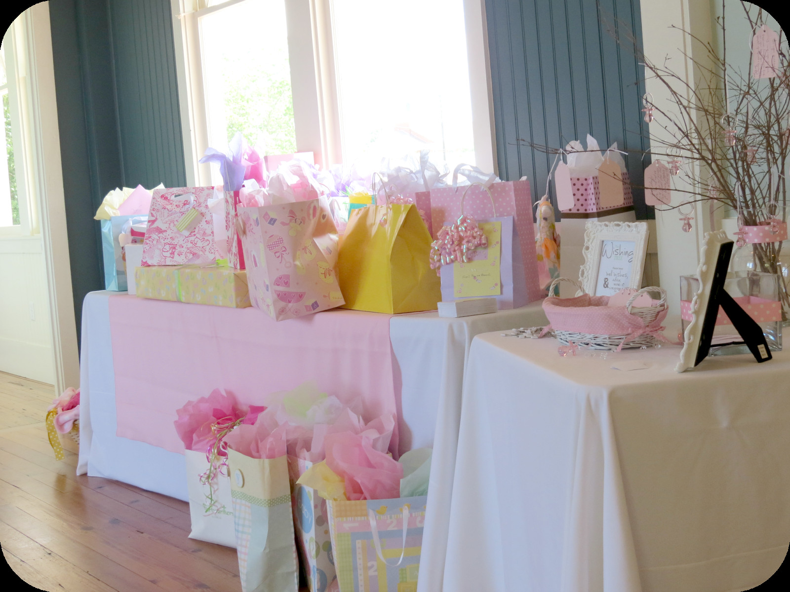 Decorating Ideas For Baby Shower Gift Table  Sweet Beginnings Baby Shower