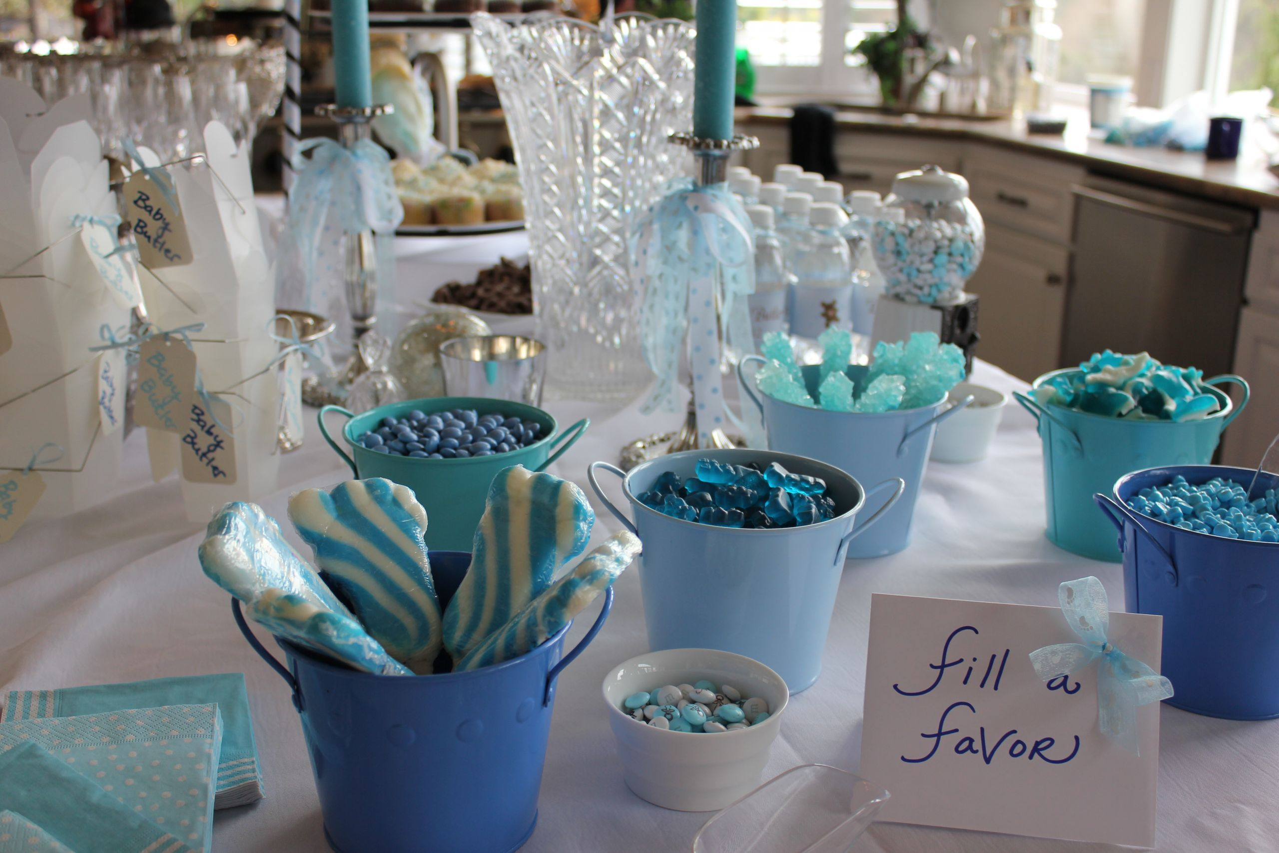 Decorating Ideas For Baby Shower Gift Table  Throwing a Baby Shower for a Boy