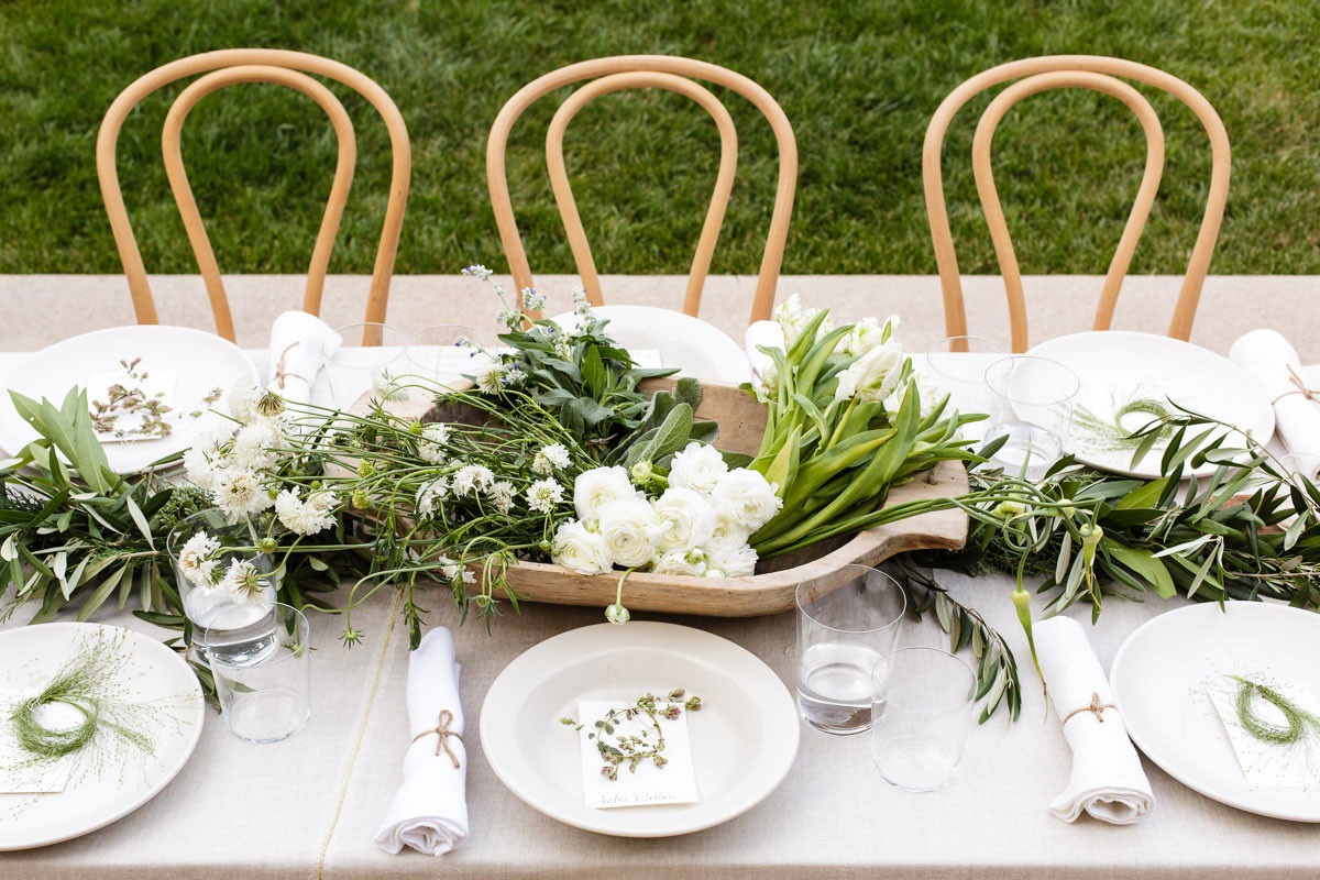 Dinner Party Table Ideas  Greek Inspired Dinner Party Ideas Amidst the Chaos