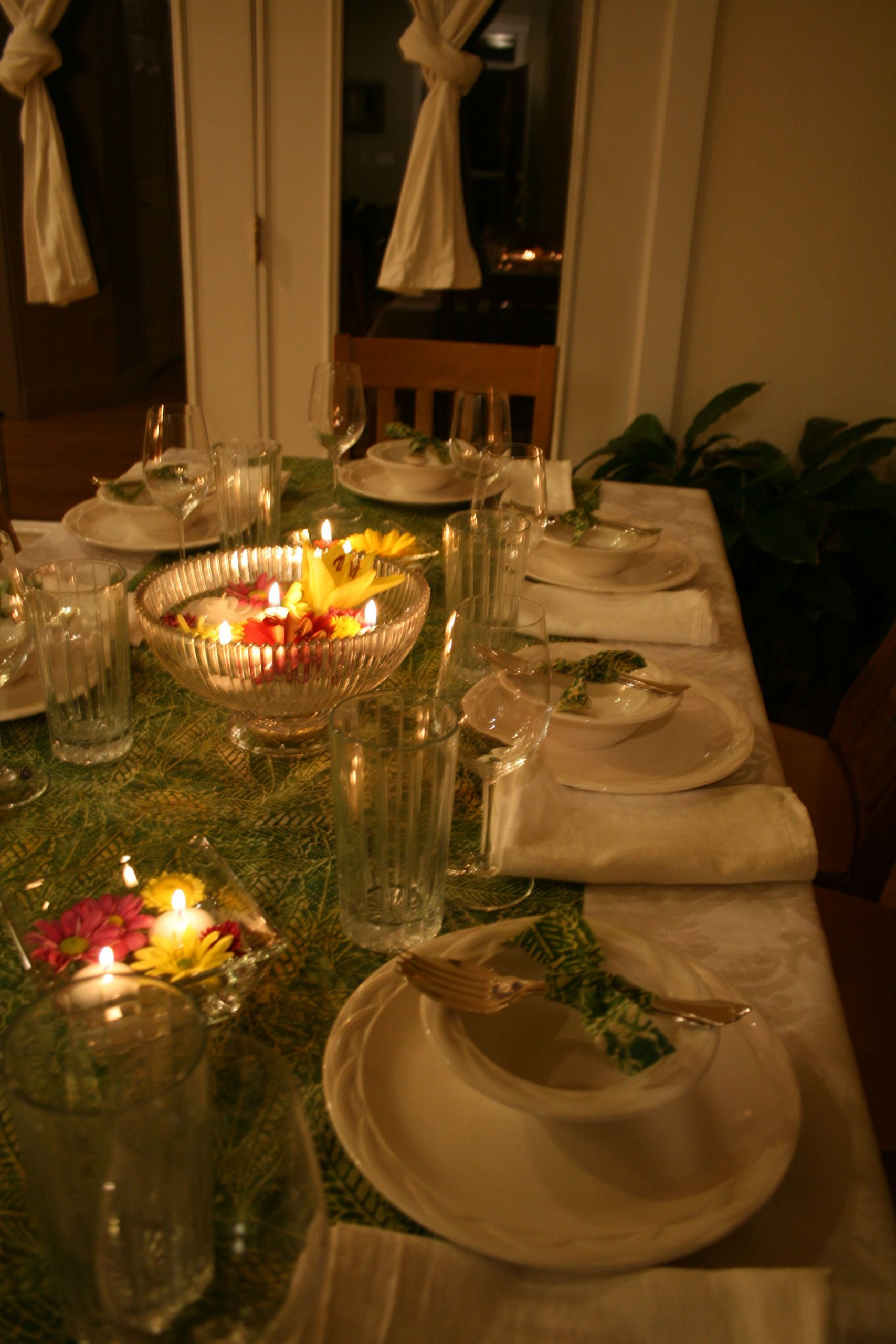 Dinner Party Table Ideas  Tablescape for Thai dinner party