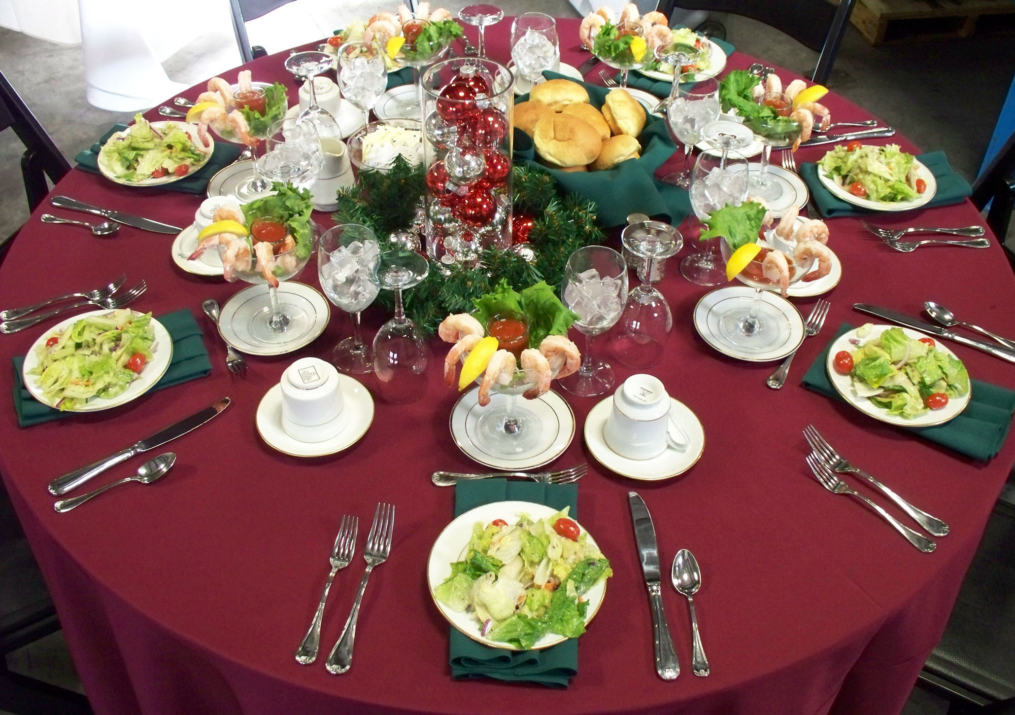Dinner Party Table Ideas  Tips to Decorate a Dinner Party Table