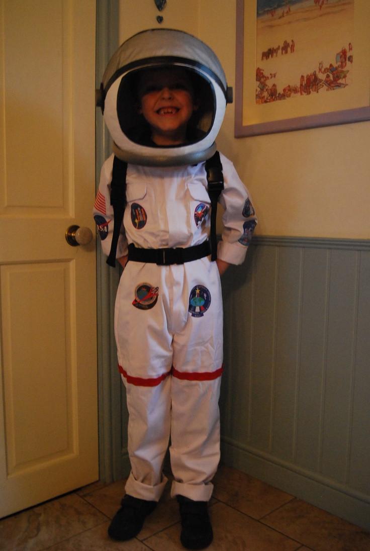 DIY Kids Astronaut Costume  70 Best images about Astronaut Costume on Pinterest