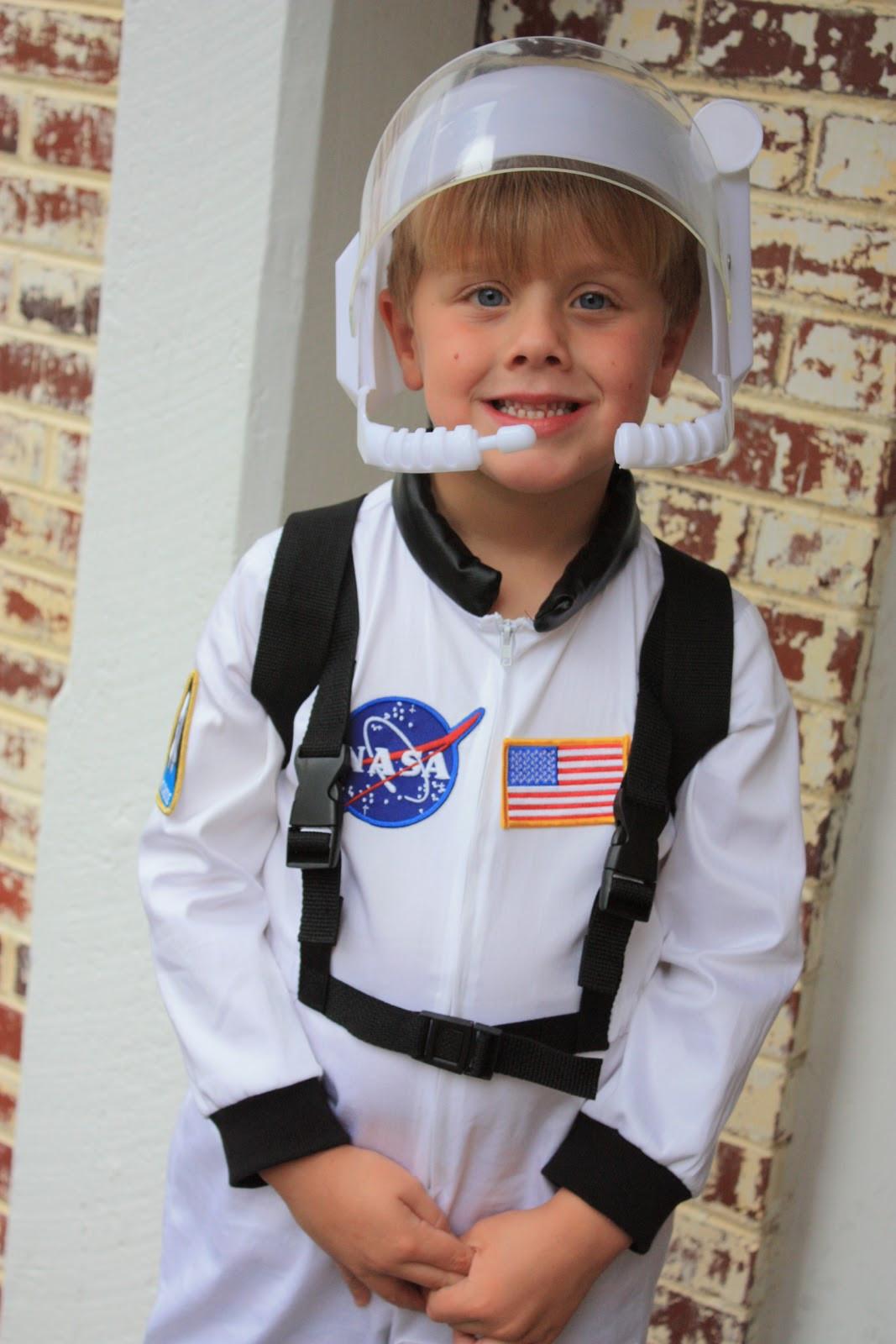 DIY Kids Astronaut Costume  alton boys Costumes & Crafts