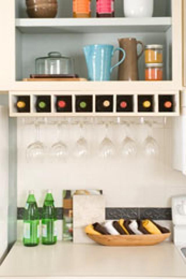 DIY Wine Glass Rack Under Cabinet  10 Free DIY Wine Rack Plans Under the Counter Free Wine