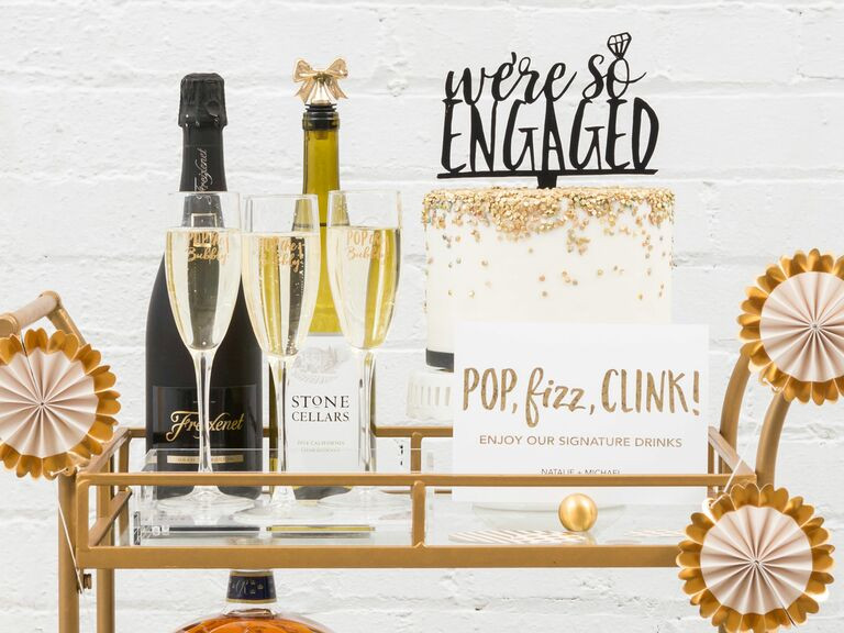 Engagement Gift Ideas For Couple  58 Engagement Gift Ideas for the Happy Couple