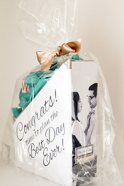 Engagement Gift Ideas For Couple  Must Read Advice for All You Newly Engaged Couples