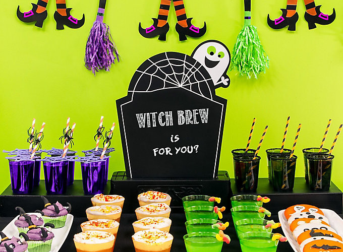 Family Halloween Party Ideas  Halloween Party Ideas for Kids & Adults Halloween