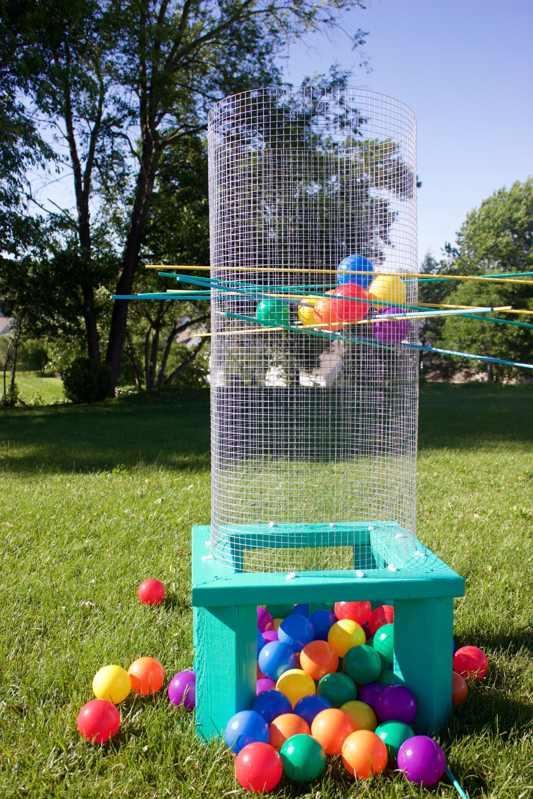 Funny Backyard Games  DIY Outdoor Games You Have To Try This Summer Resin Crafts