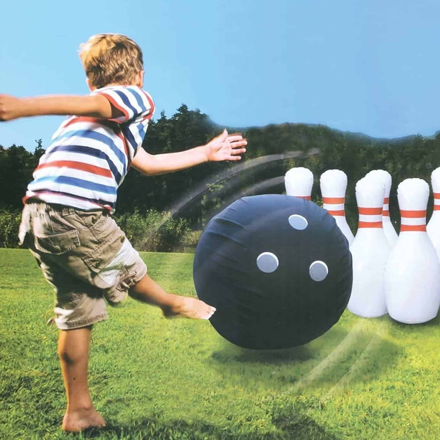 Funny Backyard Games  10 Crazy Fun Outdoor Games Perfect for a Backyard Barbecue