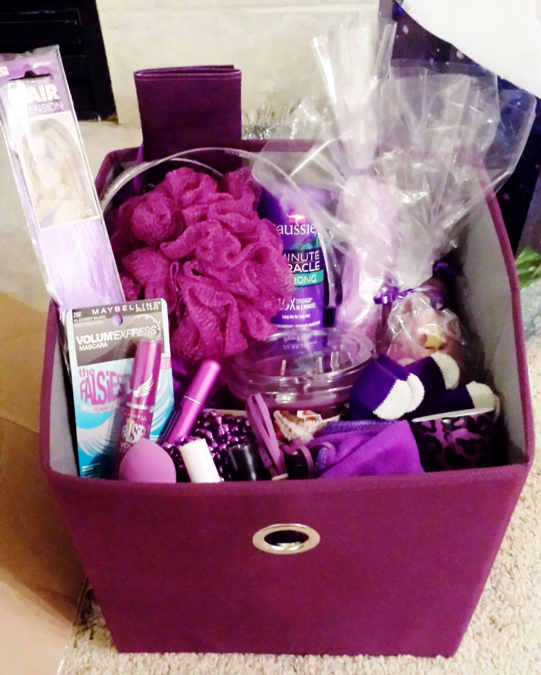 Gift Basket Ideas For Girls  8 Gift Basket Ideas for any occasion Pet Lover Gun Lover