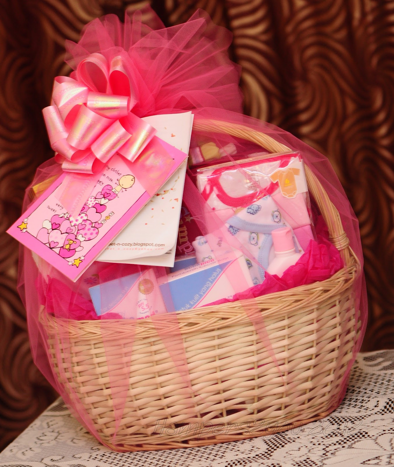 Gift Basket Ideas For Girls  Hampers2you Baby Gift Baskets for Newborn Girl