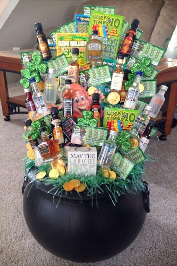 Gift Basket Theme Ideas Fundraiser  Creative Raffle Basket Ideas for a Charity School or
