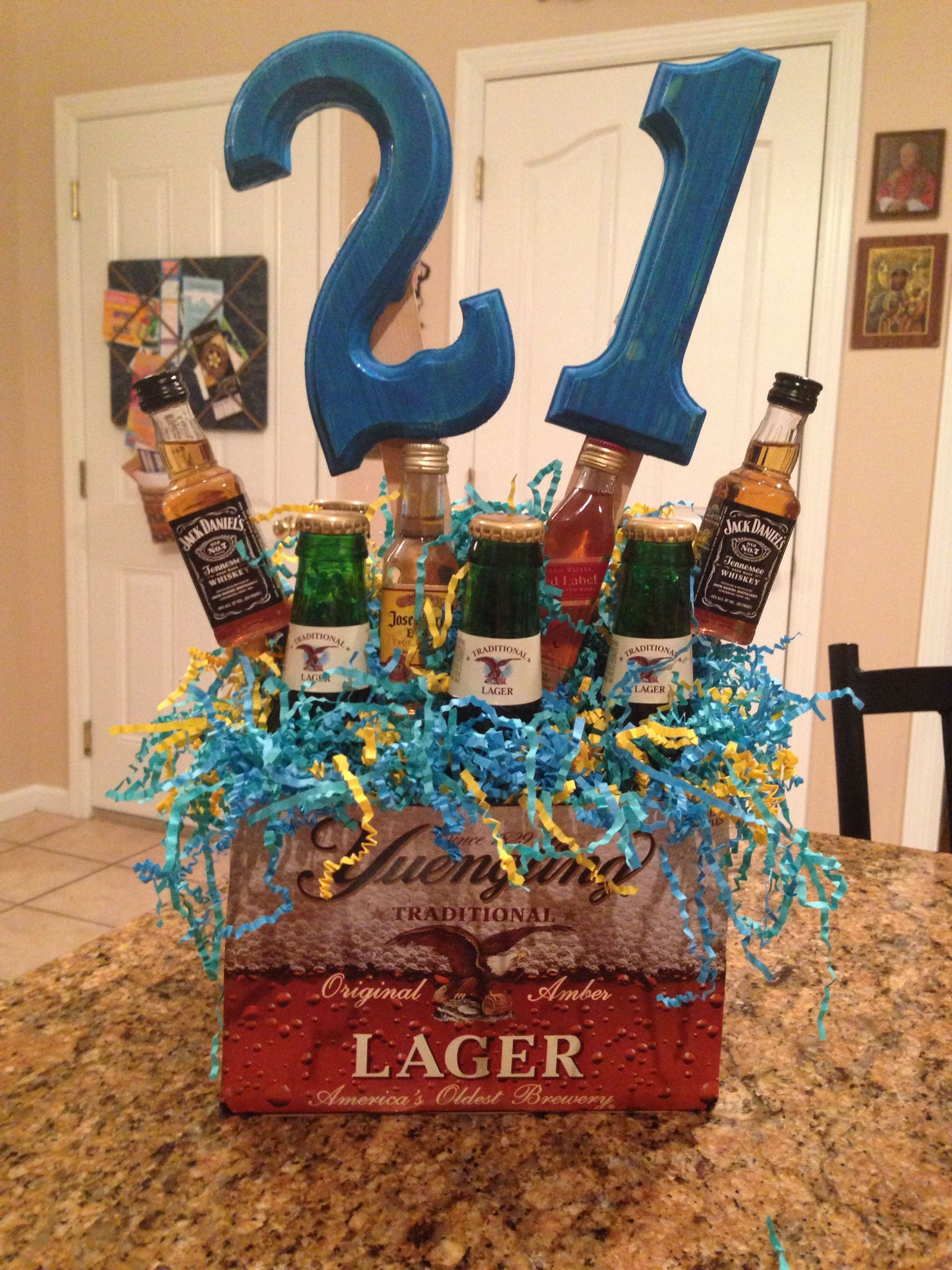 Gift Ideas For 21St Birthday Male  21st birthday idea for guys Favorite drinks and color