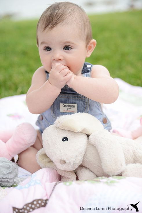 Gift Ideas For 8 Month Old Baby Girl  8 month old outdoor picture ideas