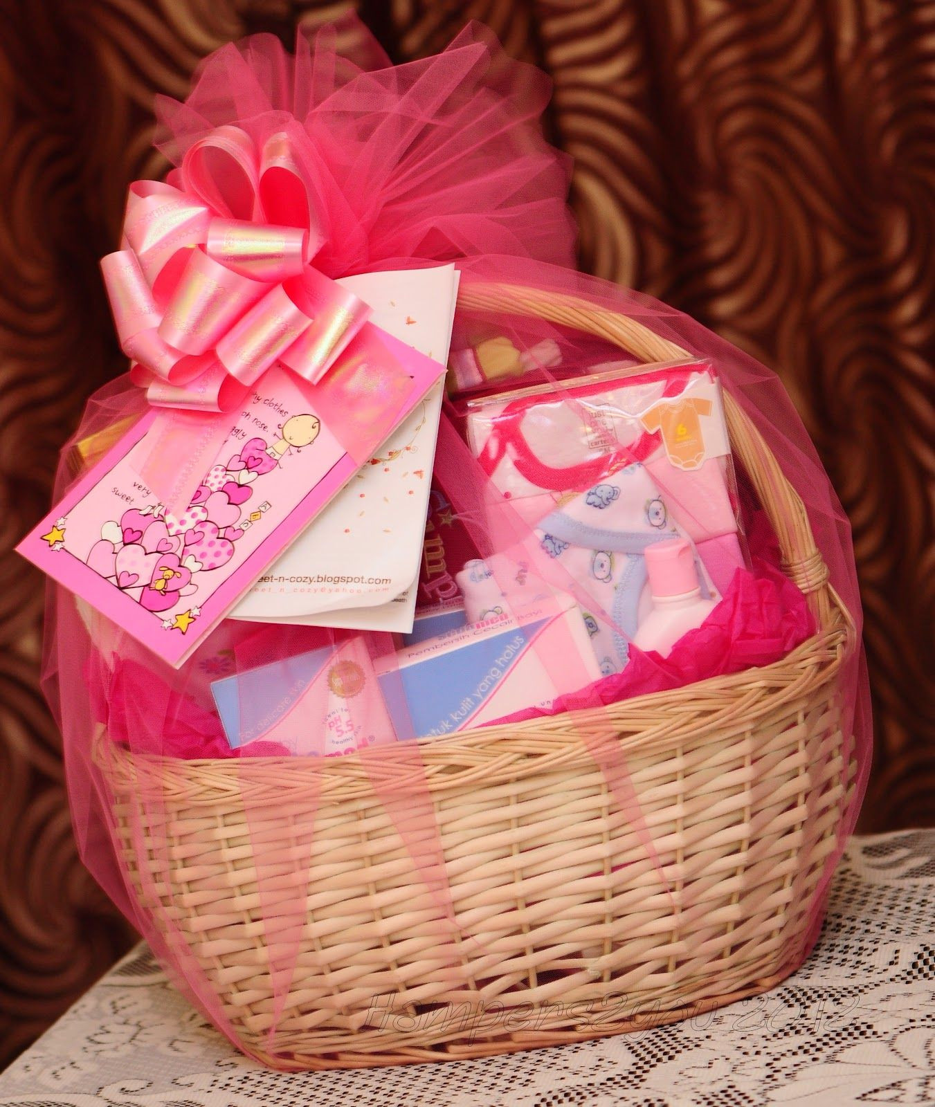 Gift Ideas For New Baby Girl  Baby Gift Baskets