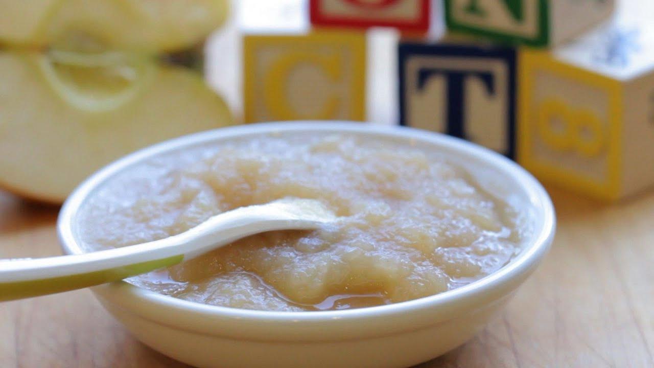 Homemade Applesauce For Baby  Homemade applesauce recipe baby food