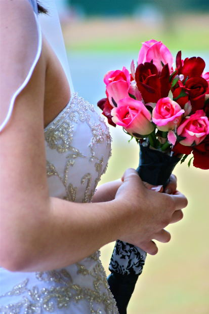 How To Save On Wedding Flowers  How To Save Money Wedding Flowers