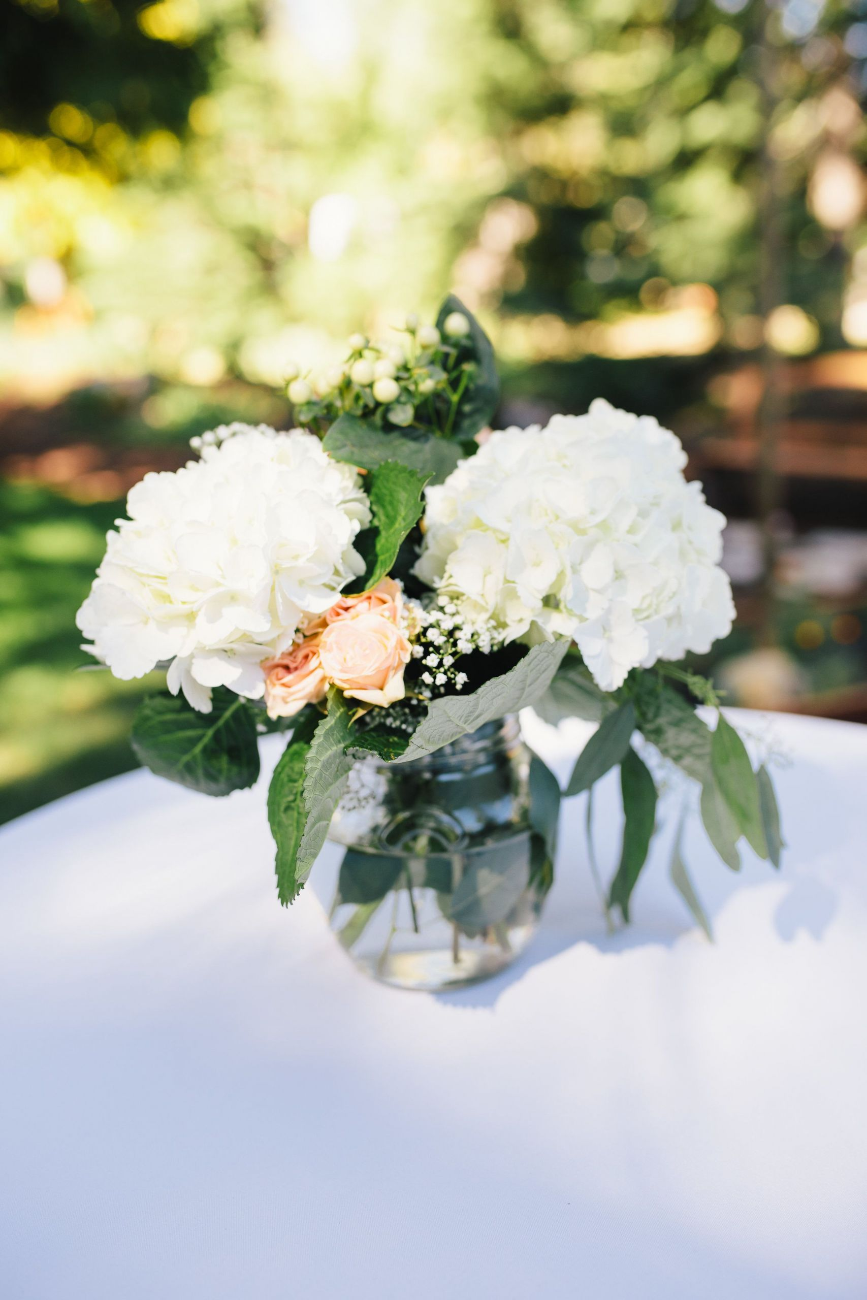 How To Save On Wedding Flowers  Learn How to Save on Wedding Flowers with These 15