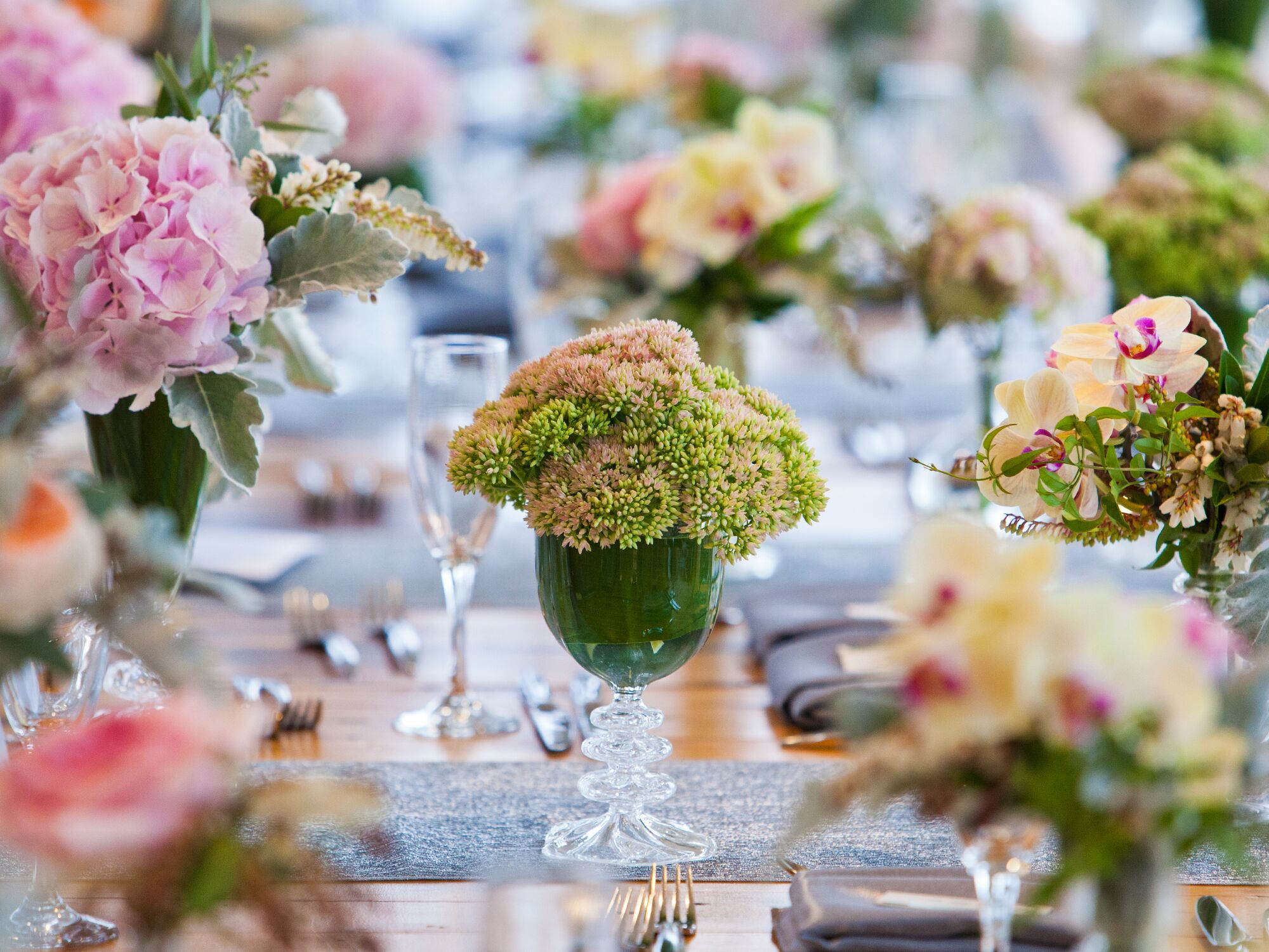 How To Save On Wedding Flowers  9 Ways to Save on Wedding Flowers
