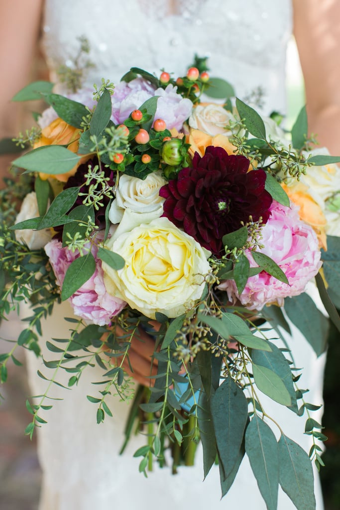 How To Save On Wedding Flowers  How to Save on Wedding Flowers