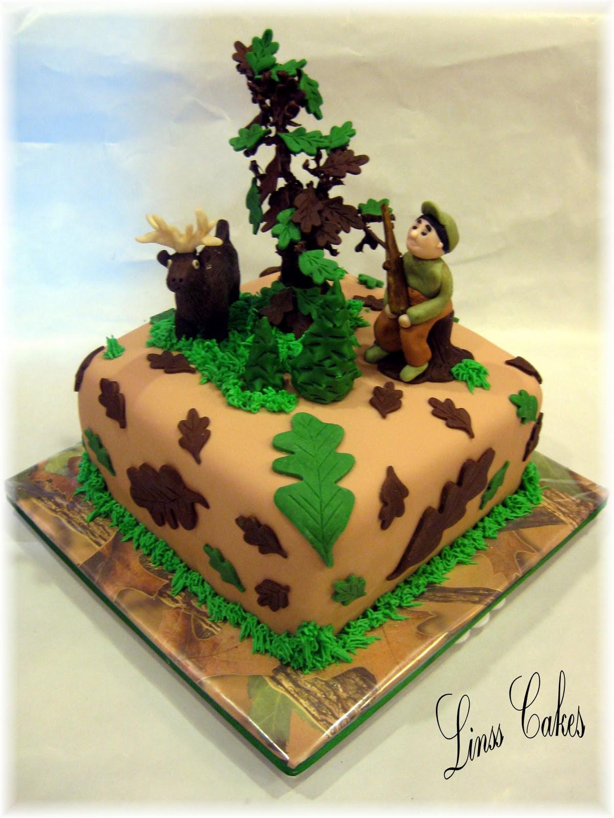 Hunting Birthday Cakes  The Hidden Cakery Deer Hunting Cake