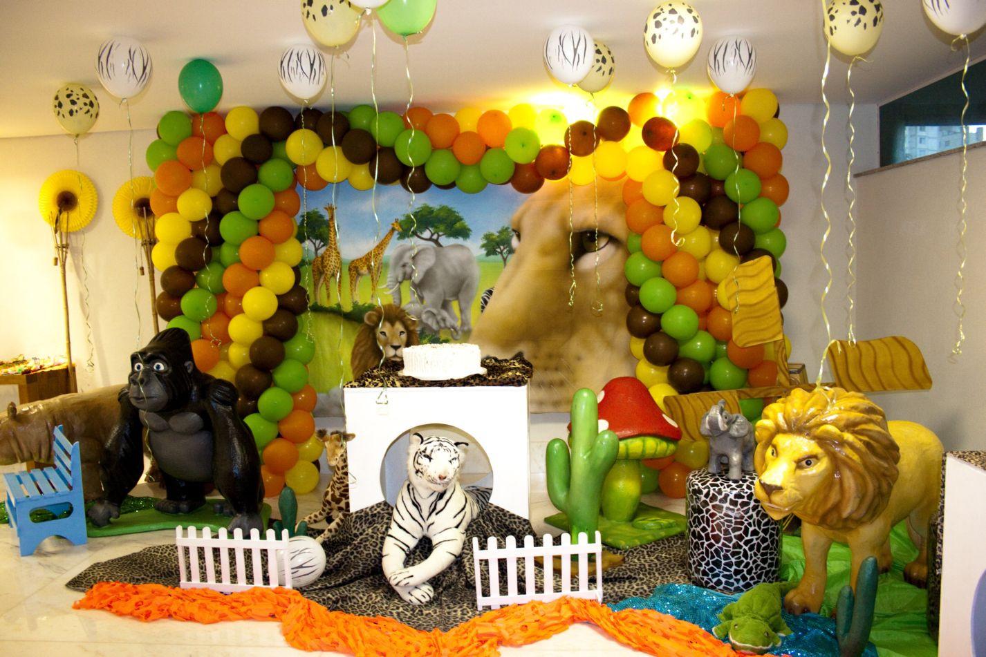 Jungle Theme Birthday Party  Kids Jungle Party Ideas Design Dazzle