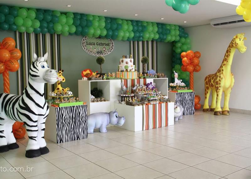 Jungle Theme Birthday Party  Jungle Theme Birthday Party Jungle Birthday Party Ideas
